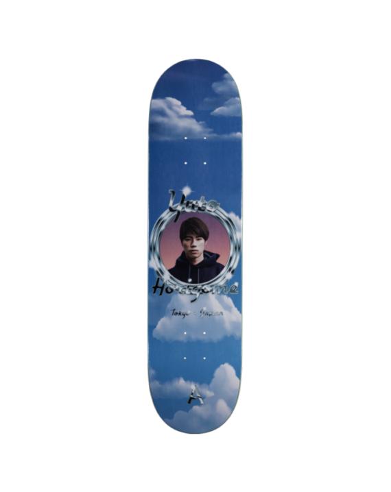 Planche de skate de la marque april skateboards en taille 8.25