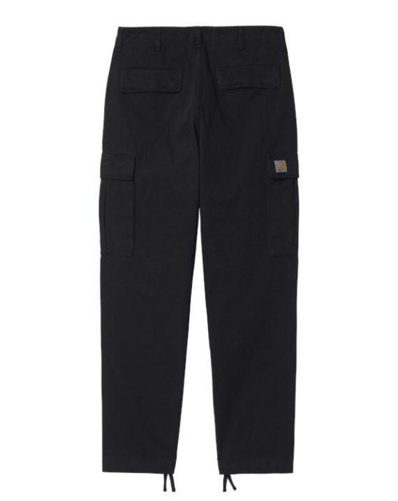 Pantalon cargo carhartt WIP de couleur noir avec plusieurs poches et liens de serrage